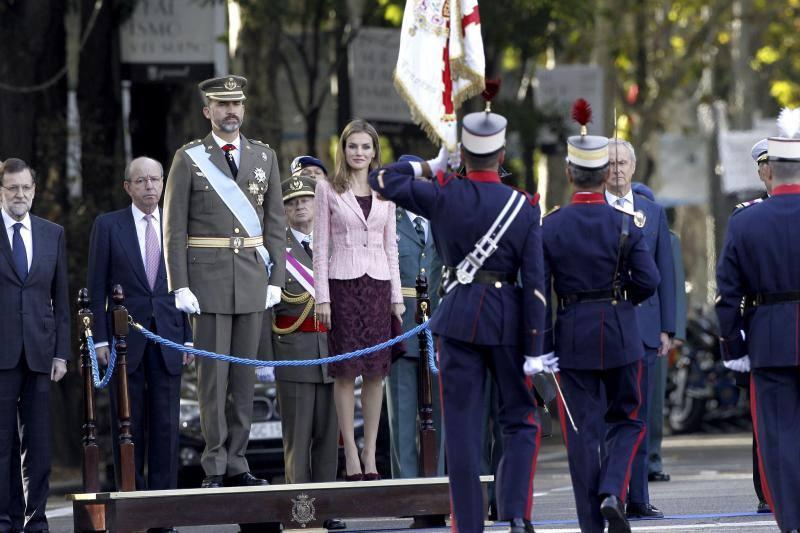 El Príncipe preside por primera vez el desfile del 12 de octubre