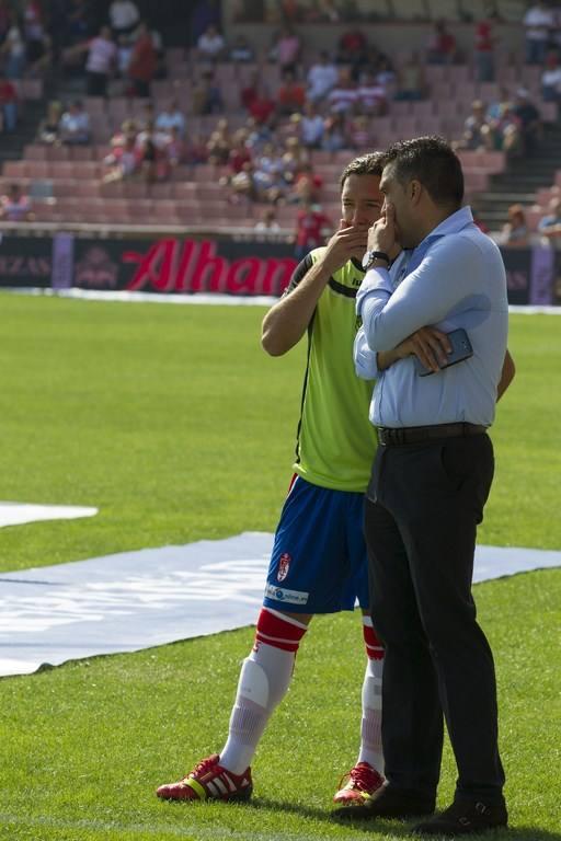 Las imágenes del partido entre el Granada CF y el RCD Espanyol (1)